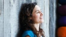 Bienfaits du Yoga et cancer. Annick, notre instructrice, nous explique pourquoi.